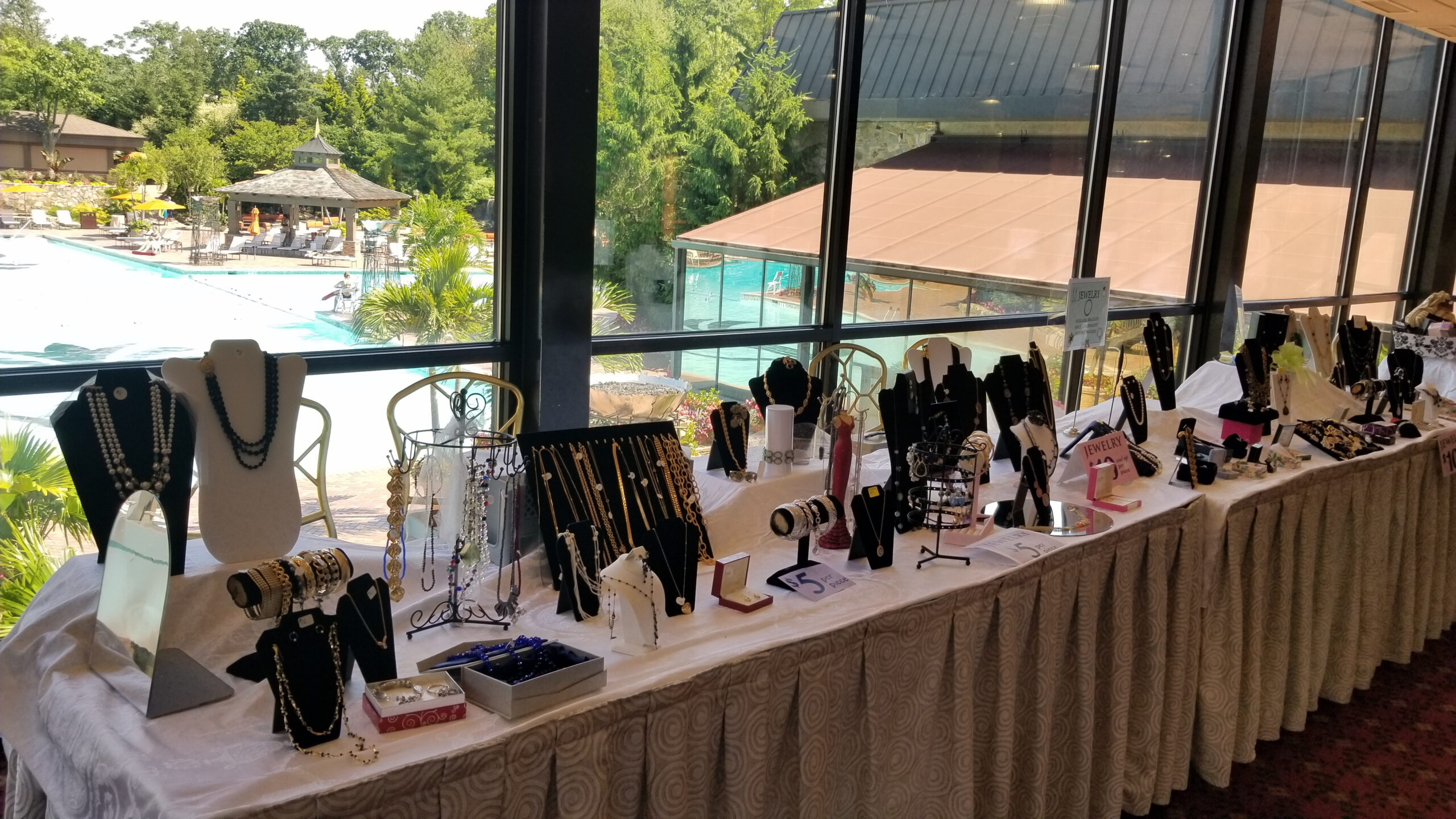 jewelry table